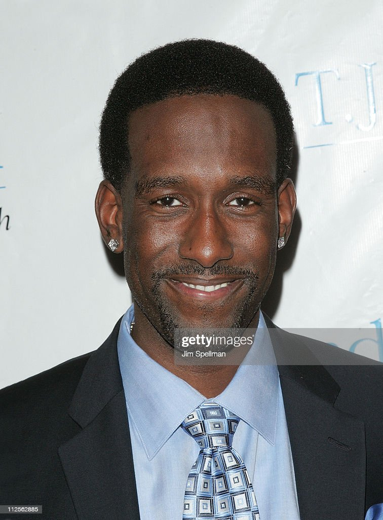 Musican Shawn Stockman of Boyz II Men arrives at the 32nd Annual T.J. Martell Foundation Gala at the New York Hilton and Towers On October 23, 2007 in New York City.