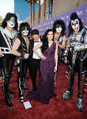 Musicans Tommy Thayer and Eric Singer of rock band Kiss Keifer Thompson and Shawna Thompson of the band Thompson Square and Paul Stanley and Gene...