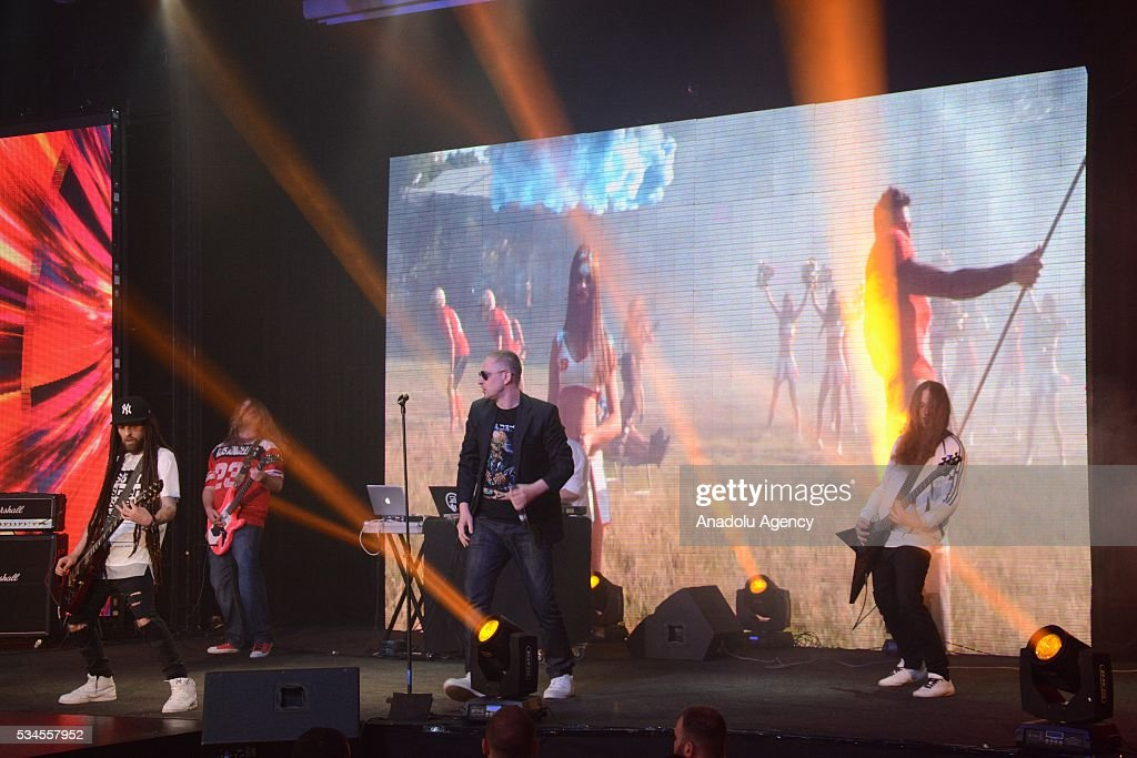 Musicia s perform during the 'Miss Blonde 2016' Beauty Contest in Kiev, Ukraine on May 26, 2016. Singers Iryna Bilyk, Nikolay Tishchenko, Boxer Vyacheslav Uzelkov and modeling agency owner Alexander Britain attended to a contest as a Juryman.