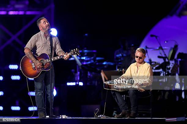 Musician Aaron Lewis performs onstage during 'Spike's Rock the Troops' event held at Joint Base Pearl Harbor Hickam on October 22 2016 in Honolulu...