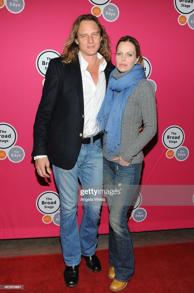 Musician Abri van Straten (L) and wife actress <a gi-track='captionPersonalityLinkClicked' href=/galleries/search?phrase=Kristin+Bauer&family=editorial&specificpeople=3164038 ng-click='$event.stopPropagation()'>Kristin Bauer</a> van Straten attend the Los Angeles opening night of Denis O'Hare's One-Man Show 'An Iliad' at The Eli and Edythe Broad Stage on January 15, 2014 in Santa Monica, California.