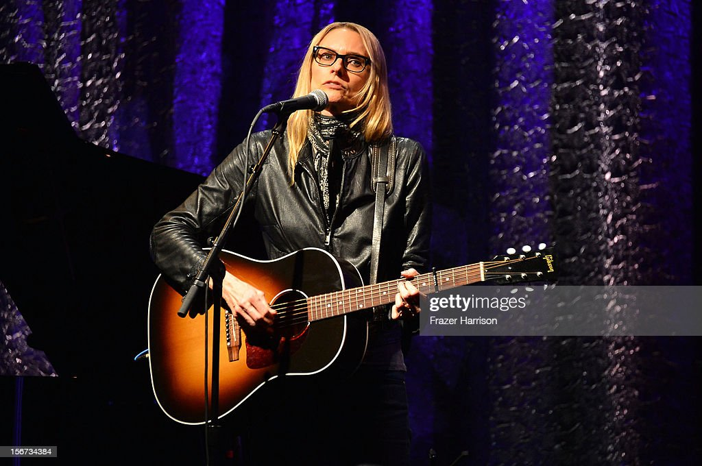 Musician <a gi-track='captionPersonalityLinkClicked' href=/galleries/search?phrase=Aimee+Mann&family=editorial&specificpeople=228529 ng-click='$event.stopPropagation()'>Aimee Mann</a> performs at The Saban Free Clinic's Gala Honoring ABC Entertainment Group President Paul Lee And Bob Broder at The Beverly Hilton Hotel on November 19, 2012 in Beverly Hills, California.