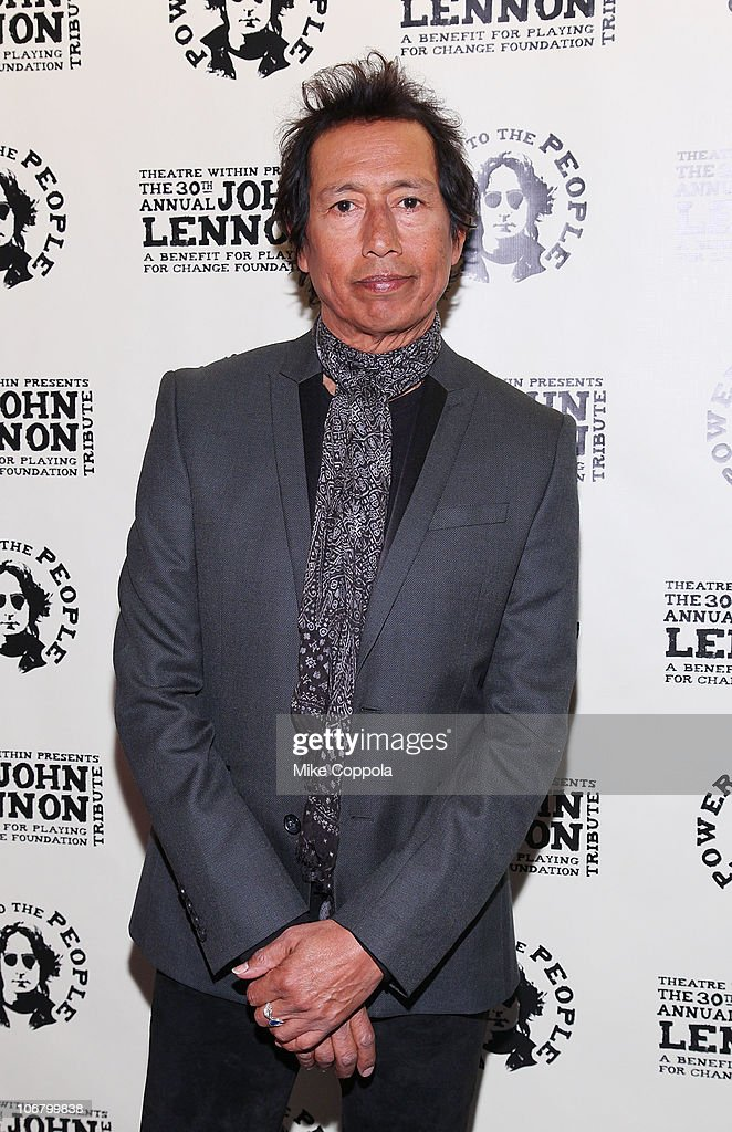 Theatre Within's 30th Annual John Lennon Tribute Concert Benefitting The Playing For Change Foundation - Backstage