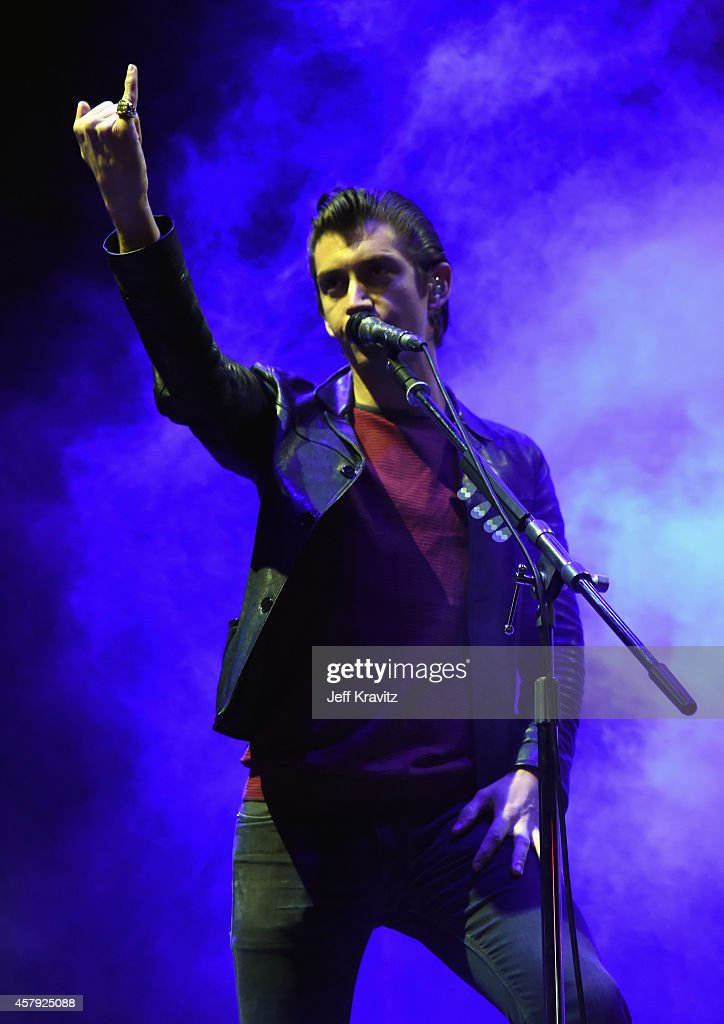 Musician <a gi-track='captionPersonalityLinkClicked' href=/galleries/search?phrase=Alex+Turner&family=editorial&specificpeople=706618 ng-click='$event.stopPropagation()'>Alex Turner</a> of <a gi-track='captionPersonalityLinkClicked' href=/galleries/search?phrase=Arctic+Monkeys&family=editorial&specificpeople=274715 ng-click='$event.stopPropagation()'>Arctic Monkeys</a> performs onstage during day 3 of the 2014 Life is Beautiful festival on October 26, 2014 in Las Vegas, Nevada.