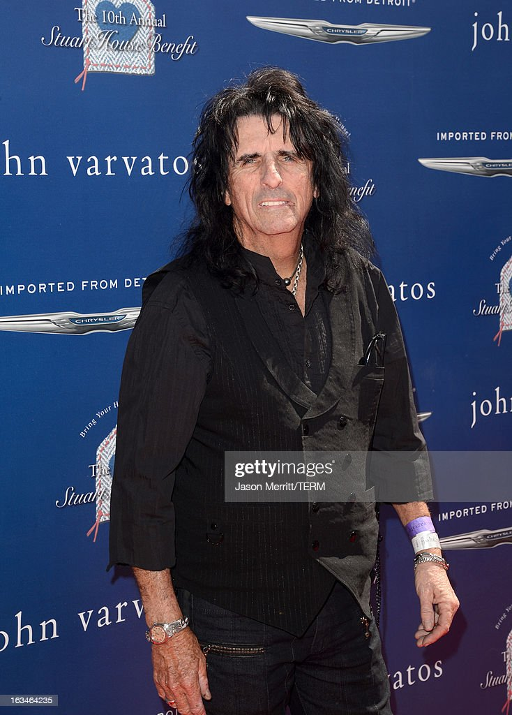 Musician <a gi-track='captionPersonalityLinkClicked' href=/galleries/search?phrase=Alice+Cooper&family=editorial&specificpeople=202989 ng-click='$event.stopPropagation()'>Alice Cooper</a> attends the John Varvatos 10th Annual Stuart House Benefit presented by Chrysler, Kids Tent by Hasbro Studios, at John Varvatos Los Angeles on March 10, 2013 in Los Angeles, California.