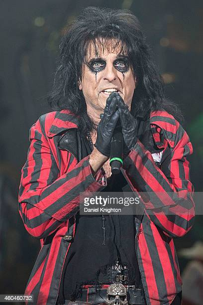 Musician Alice Cooper performs on stage during the 14th annual Christmas Pudding charity concert at Comerica Theatre on December 13 2014 in Phoenix...
