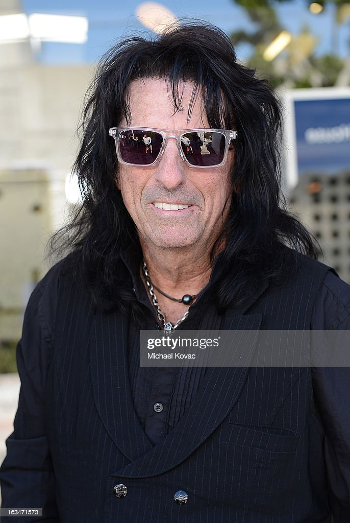 Musician <a gi-track='captionPersonalityLinkClicked' href=/galleries/search?phrase=Alice+Cooper&family=editorial&specificpeople=202989 ng-click='$event.stopPropagation()'>Alice Cooper</a> wearing John Varvatos Eyewear at the 10th Annual Stuart House Benefit presented by Chrysler at John Varvatos Los Angeles on March 10, 2013 in Los Angeles, California.