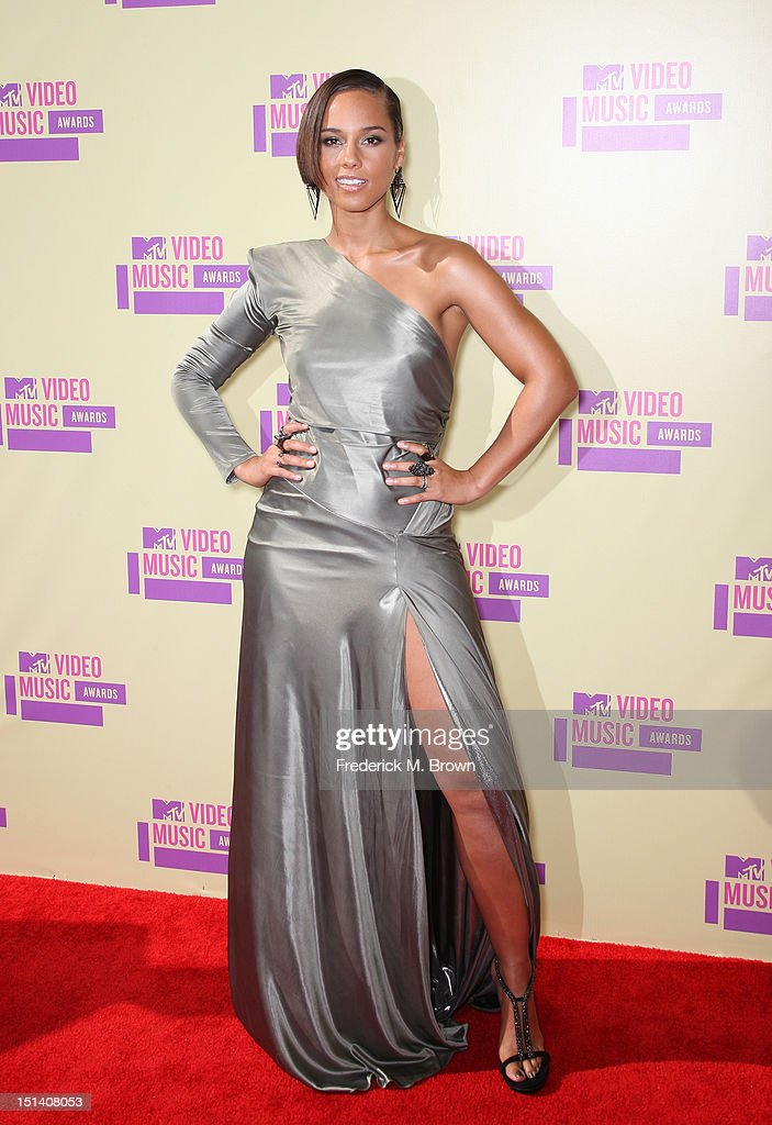Musician <a gi-track='captionPersonalityLinkClicked' href=/galleries/search?phrase=Alicia+Keys&family=editorial&specificpeople=169877 ng-click='$event.stopPropagation()'>Alicia Keys</a> arrives at the 2012 MTV Video Music Awards at Staples Center on September 6, 2012 in Los Angeles, California.