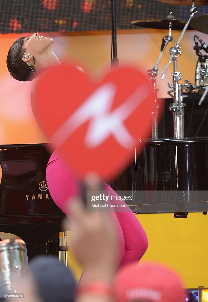 Musician Alicia Keys performs on ABC's 'Good Morning America' at Rumsey Playfield on August 30, 2013 in New York City.