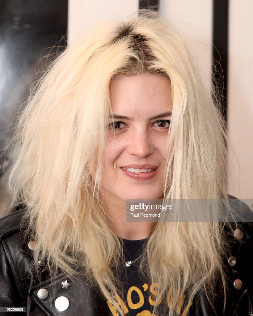 Musician Alison Mosshart of The Kills attends the reception celebrating the book launch for 'Echo Home' by Jamie Hince of The Kills at Morrison Hotel Gallery on November 1, 2014 in West Hollywood, California.