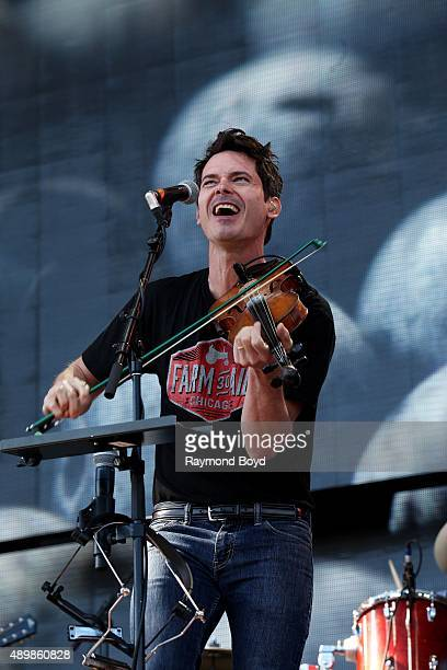 Musician and Singer Ketch Secor from Old Crow Medicine Show performs at FirstMerit Bank Pavilion at Northerly Island during 'Farm Aid 30' on...