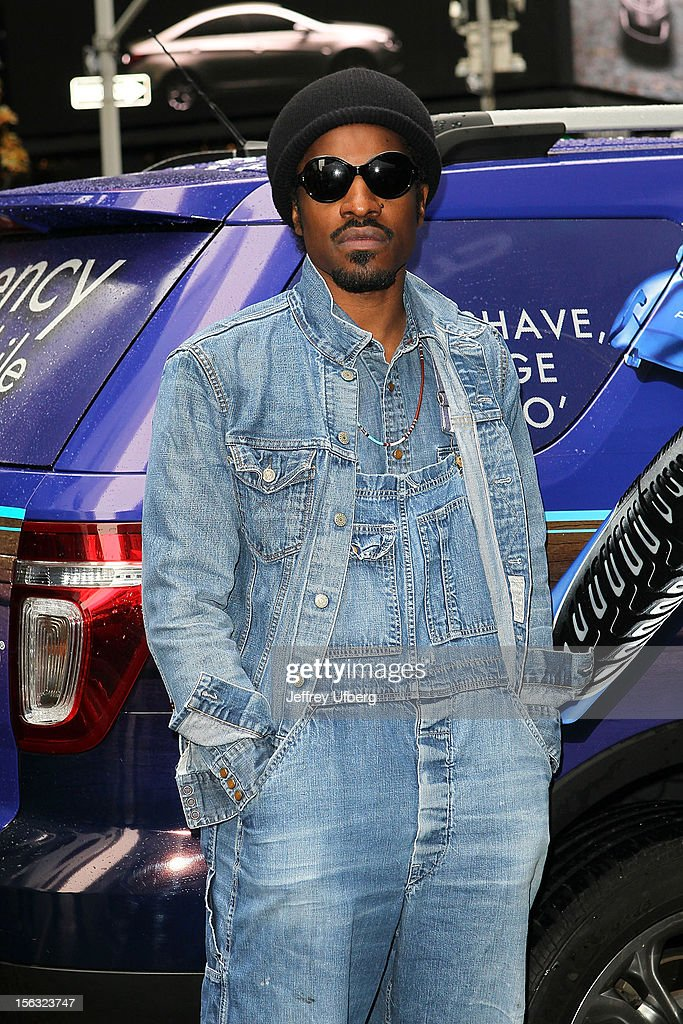 Musician <a gi-track='captionPersonalityLinkClicked' href=/galleries/search?phrase=Andre+3000&family=editorial&specificpeople=220195 ng-click='$event.stopPropagation()'>Andre 3000</a> joins Gillette in support of Movember on November 13, 2012 in New York City.
