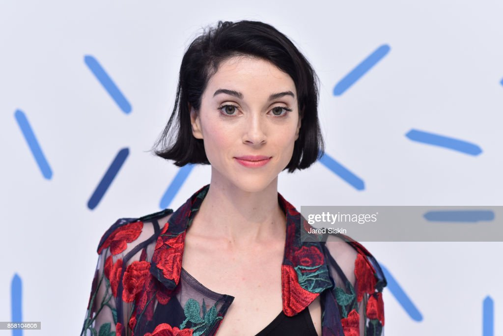 Musician Annie Clark from St. Vincent attends St. Vincent & Peroni Nastro Azzurro Unveil Second Edition of The House of Peroni House of Peroni on October 5, 2017 in New York City.