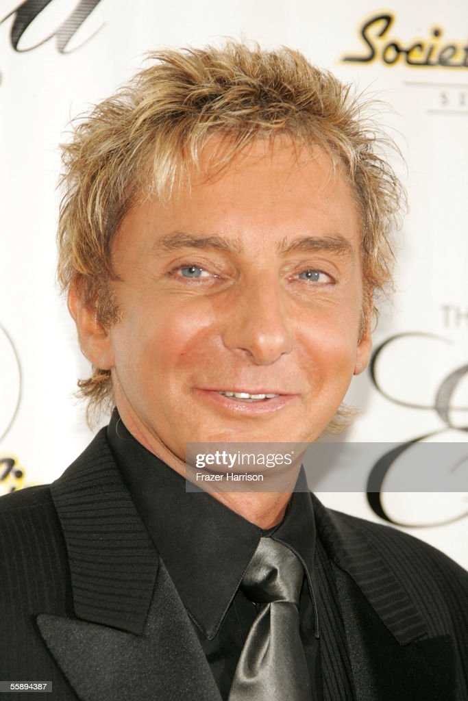 Musician Barry Manilow arrives at the Society of Singers 14th Annual Ella Award honoring Sir Elton John at the Beverly Hilton Hotel on October 10, 2005 in Beverly Hills, California.