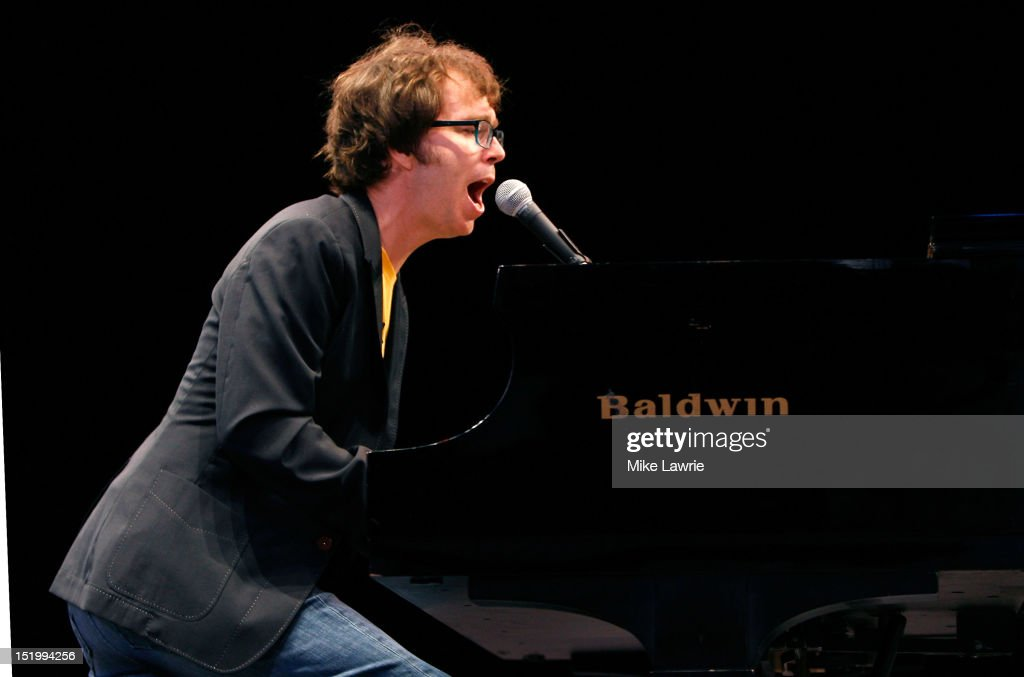 Musician <a gi-track='captionPersonalityLinkClicked' href=/galleries/search?phrase=Ben+Folds&family=editorial&specificpeople=213735 ng-click='$event.stopPropagation()'>Ben Folds</a> of <a gi-track='captionPersonalityLinkClicked' href=/galleries/search?phrase=Ben+Folds&family=editorial&specificpeople=213735 ng-click='$event.stopPropagation()'>Ben Folds</a> Five performs at SummerStage at Rumsey Playfield, Central Park on September 14, 2012 in New York City.