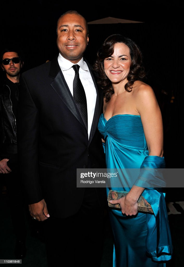 Musician Bernie Williams and wife Waleska arrives at the 9th Annual Latin GRAMMY Awards held at the Toyota Center on November 13, 2008 in Houston, Texas.