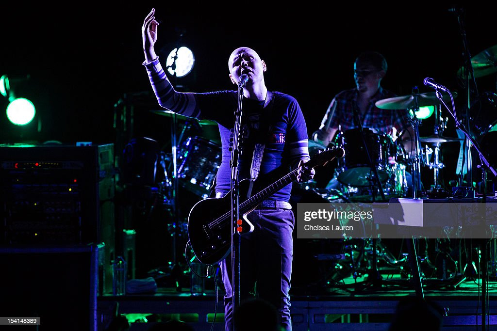 Musician <a gi-track='captionPersonalityLinkClicked' href=/galleries/search?phrase=Billy+Corgan&family=editorial&specificpeople=210832 ng-click='$event.stopPropagation()'>Billy Corgan</a> of The Smashing Pumpkins performs at Gibson Amphitheatre on October 14, 2012 in Universal City, California.
