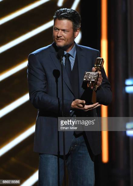 Musician Blake Shelton accepts Top Country Artist onstage during the 2017 Billboard Music Awards at TMobile Arena on May 21 2017 in Las Vegas Nevada
