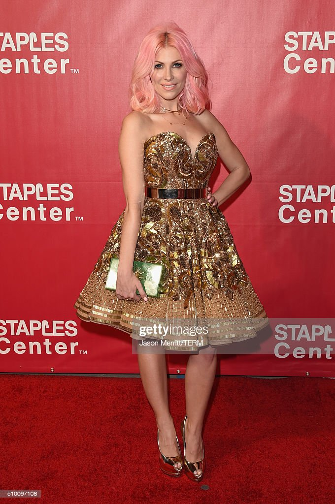 Musician <a gi-track='captionPersonalityLinkClicked' href=/galleries/search?phrase=Bonnie+McKee&family=editorial&specificpeople=240200 ng-click='$event.stopPropagation()'>Bonnie McKee</a> attends the 2016 MusiCares Person of the Year honoring Lionel Richie at the Los Angeles Convention Center on February 13, 2016 in Los Angeles, California.