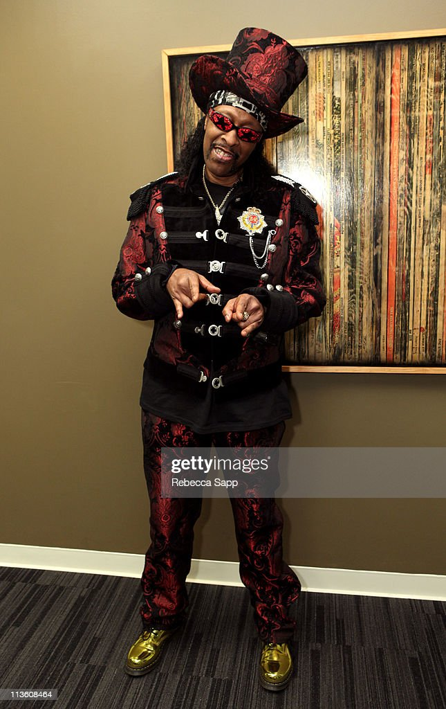 Musician <a gi-track='captionPersonalityLinkClicked' href=/galleries/search?phrase=Bootsy+Collins&family=editorial&specificpeople=221725 ng-click='$event.stopPropagation()'>Bootsy Collins</a> arrives at American Express presents An Evening With <a gi-track='captionPersonalityLinkClicked' href=/galleries/search?phrase=Bootsy+Collins&family=editorial&specificpeople=221725 ng-click='$event.stopPropagation()'>Bootsy Collins</a> at The GRAMMY Museum on May 3, 2011 in Los Angeles, California.