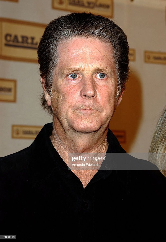 Musician Brian Wilson arrives at the Carl Wilson Benefit Foundation Concert 'An Evening With Brian - musician-brian-wilson-arrives-at-the-carl-wilson-benefit-foundation-picture-id2606319