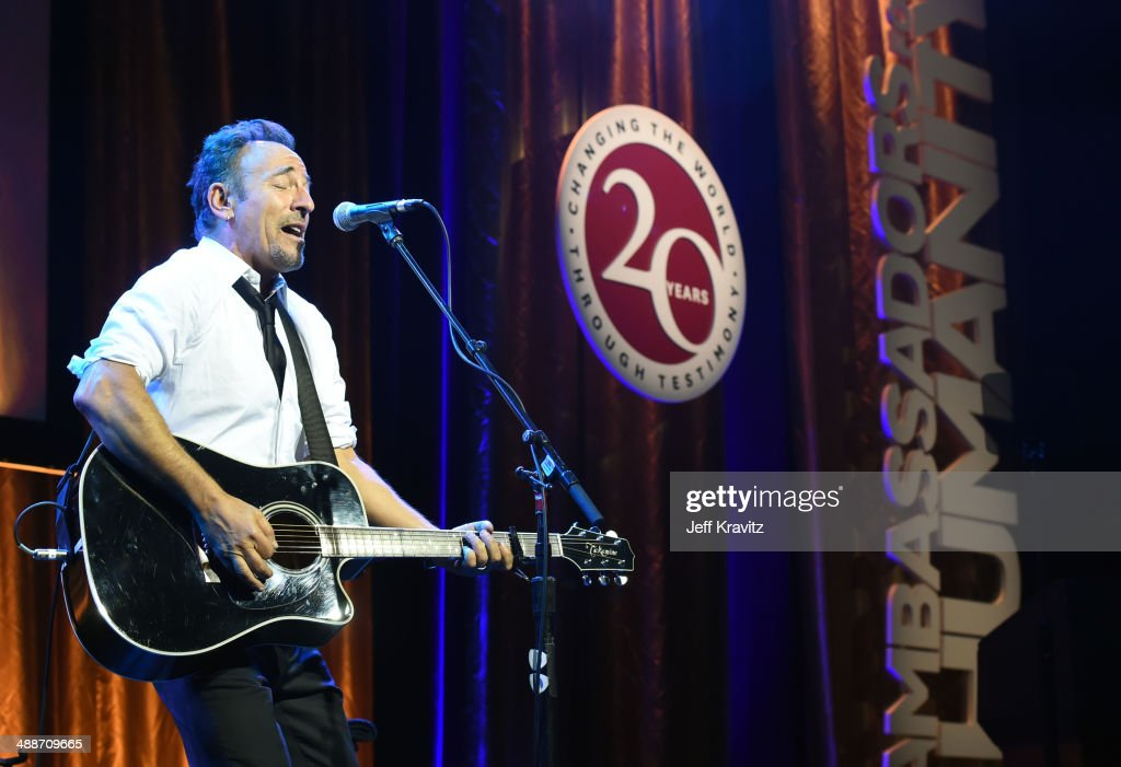 Musician <a gi-track='captionPersonalityLinkClicked' href=/galleries/search?phrase=Bruce+Springsteen&family=editorial&specificpeople=123832 ng-click='$event.stopPropagation()'>Bruce Springsteen</a> performs onstage during USC Shoah Foundation's 20th Anniversary Gala at the Hyatt Regency Century Plaza on May 7, 2014 in Century City, California.