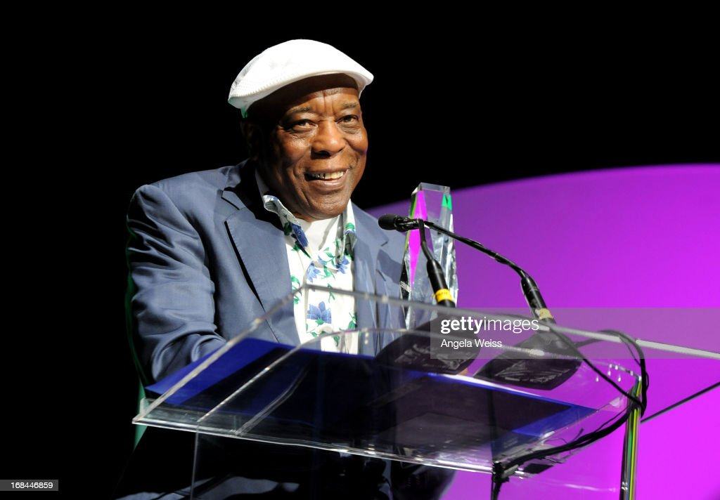 Musician <a gi-track='captionPersonalityLinkClicked' href=/galleries/search?phrase=Buddy+Guy&family=editorial&specificpeople=215438 ng-click='$event.stopPropagation()'>Buddy Guy</a> accepts the Chairmans Award for Sustained Creative Achievemnet attends the 2013 Music Biz Awards presented by NARM and digitalmusic.org at the Hyatt Regency Century Plaza on May 9, 2013 in Century City, California.