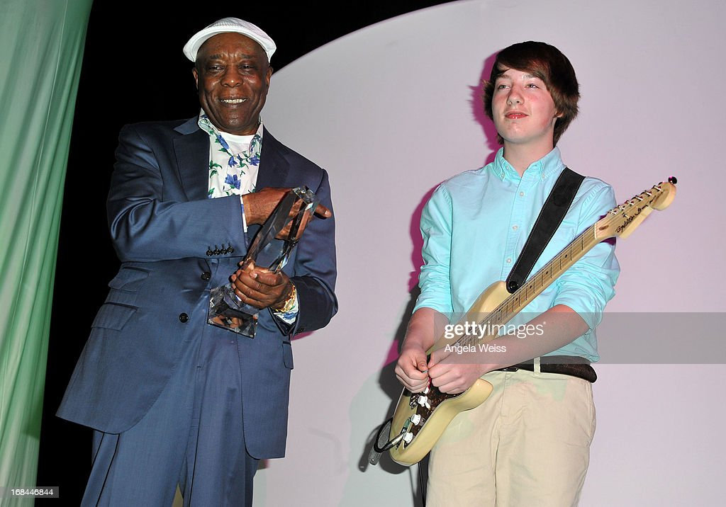 Musician <a gi-track='captionPersonalityLinkClicked' href=/galleries/search?phrase=Buddy+Guy&family=editorial&specificpeople=215438 ng-click='$event.stopPropagation()'>Buddy Guy</a> and guitarist Quinn Sullivan attends the 2013 Music Biz Awards presented by NARM and digitalmusic.org at the Hyatt Regency Century Plaza on May 9, 2013 in Century City, California.