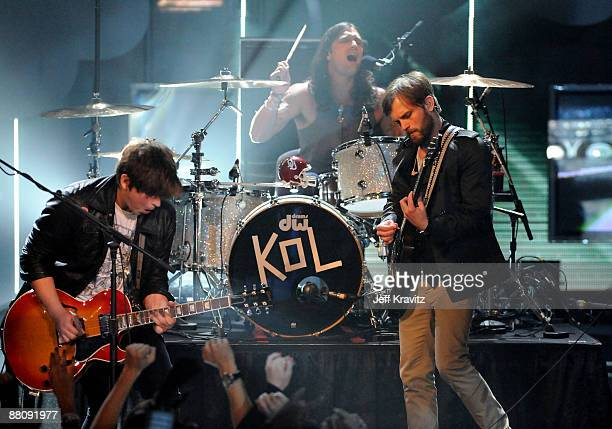 Musician Caleb Followill of Kings of Leon onstage during the 2009 MTV Movie Awards held at the Gibson Amphitheatre on May 31 2009 in Universal City...