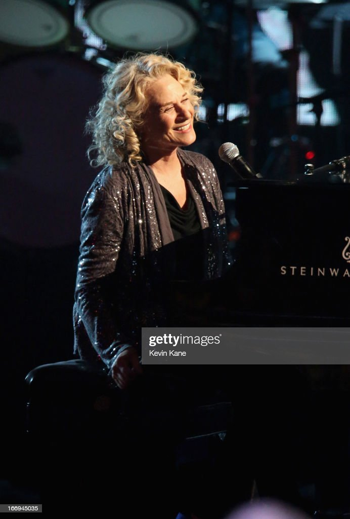 Musician <a gi-track='captionPersonalityLinkClicked' href=/galleries/search?phrase=Carole+King+-+Musician&family=editorial&specificpeople=211440 ng-click='$event.stopPropagation()'>Carole King</a> performs onstage during the 28th Annual Rock and Roll Hall of Fame Induction Ceremony at Nokia Theatre L.A. Live on April 18, 2013 in Los Angeles, California.