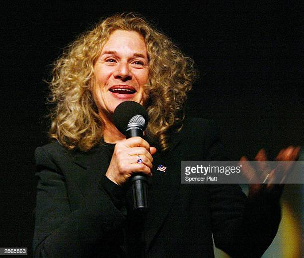 Musician Carole King speaks to John Kerry supporters before a concert she gave January 13 2004 in Cedar Rapids Iowa With less than one week before...