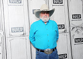 Build Presents 	Charlie Daniels Discussing His Book...
