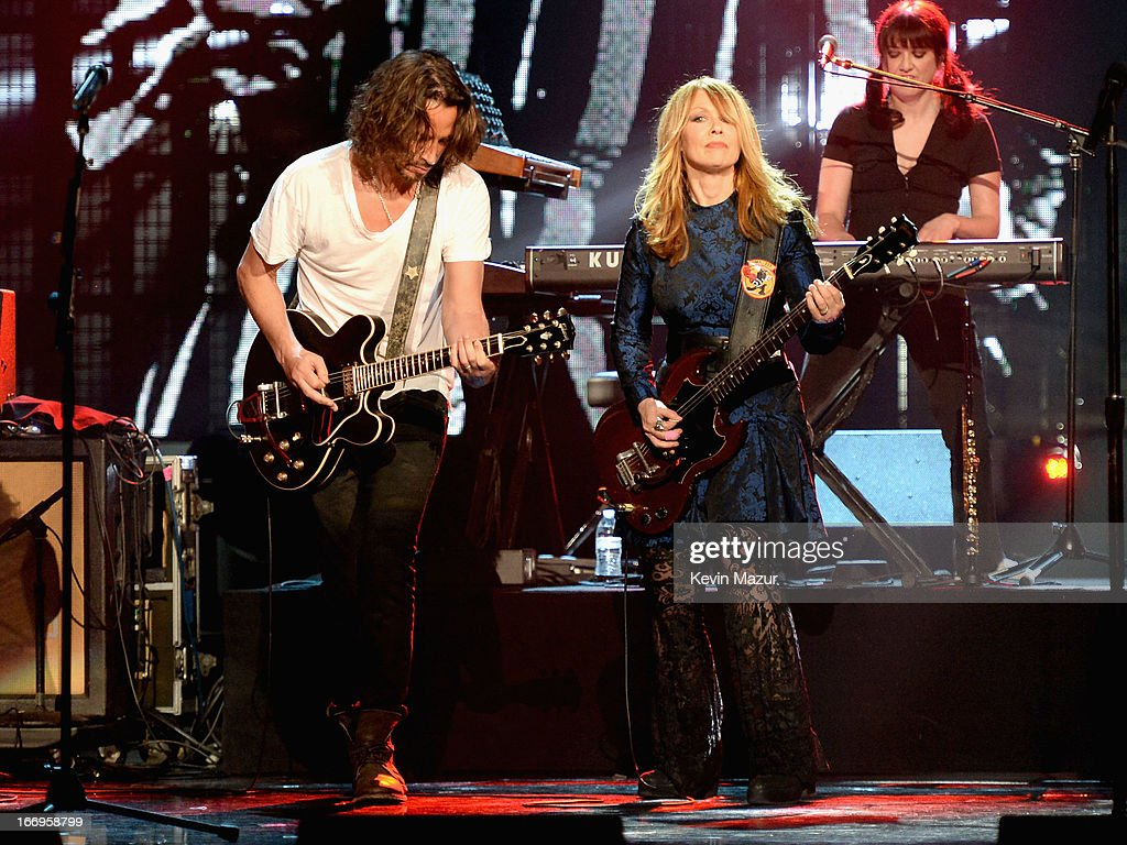 Musician Chris Cornell and inductee Nancy Wilson perform onstage during the 28th Annual Rock and Roll Hall of Fame Induction Ceremony at Nokia...