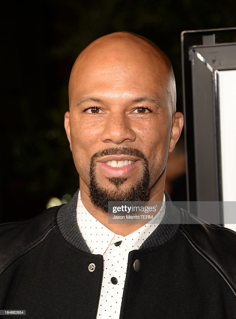 Musician Common arrives at the Los Angeles premiere of '12 Years A Slave' at Directors Guild Of America on October 14, 2013 in Los Angeles, California.