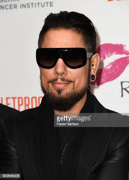 Musician Dave Navarro attends the 2016 Rhonda's Kiss Benefit at El Rey Theatre on November 3 2016 in Los Angeles California