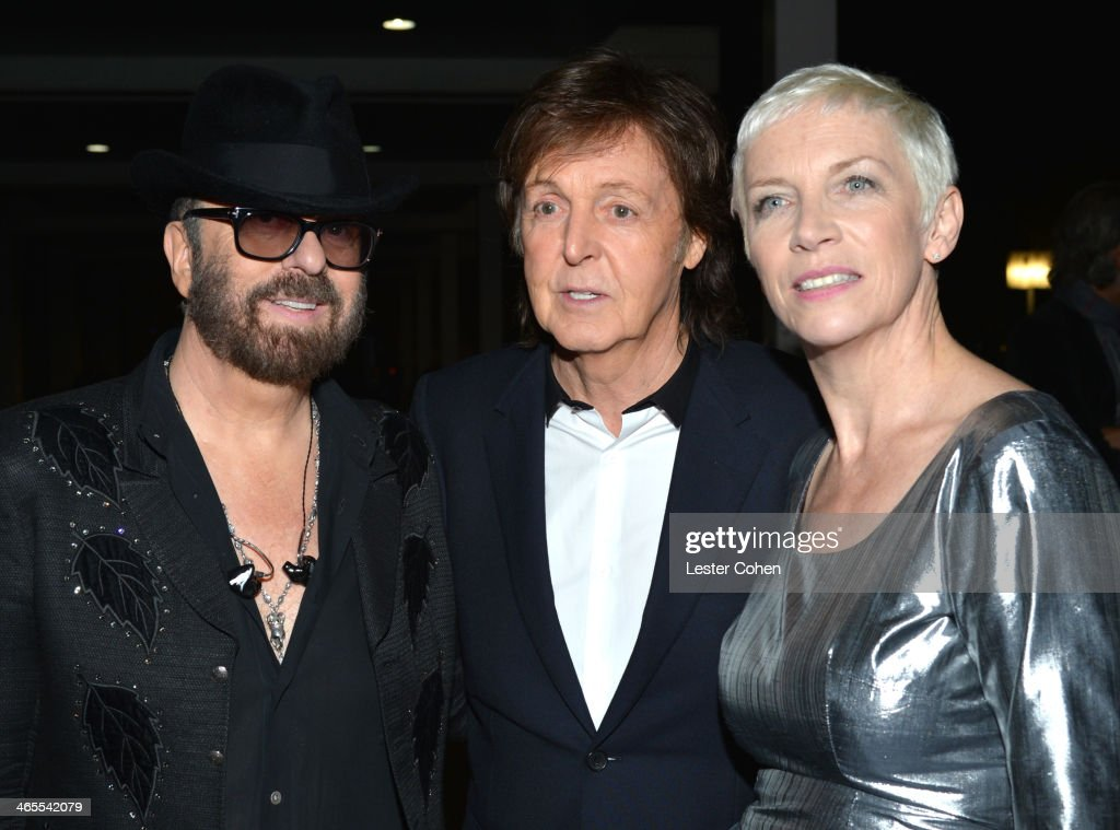 Musician <a gi-track='captionPersonalityLinkClicked' href=/galleries/search?phrase=Dave+Stewart+-+Musician&family=editorial&specificpeople=206833 ng-click='$event.stopPropagation()'>Dave Stewart</a> of Eurythmics, <a gi-track='captionPersonalityLinkClicked' href=/galleries/search?phrase=Paul+McCartney&family=editorial&specificpeople=92298 ng-click='$event.stopPropagation()'>Paul McCartney</a>, and <a gi-track='captionPersonalityLinkClicked' href=/galleries/search?phrase=Annie+Lennox&family=editorial&specificpeople=157714 ng-click='$event.stopPropagation()'>Annie Lennox</a> of Eurythmics attend 'The Night That Changed America: A GRAMMY Salute To The Beatles' at the Los Angeles Convention Center on January 27, 2014 in Los Angeles, California.
