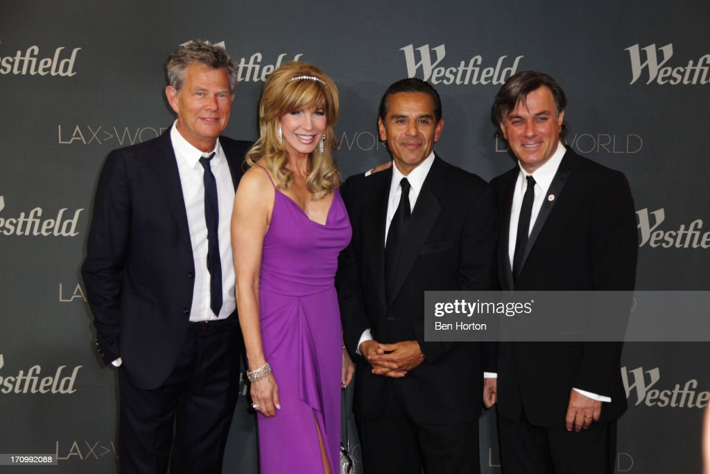 Musician David Foster TV host Leeza Gibbons mayor Antonio Villaraigosa and CEO Peter Lowy attends the Los Angeles World Airports and Westfield...