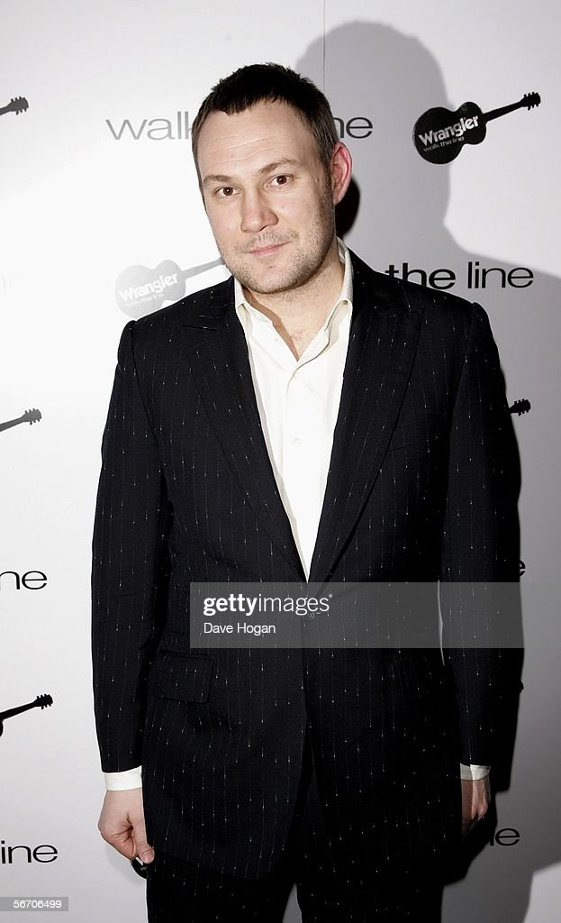 Musician <a gi-track='captionPersonalityLinkClicked' href=/galleries/search?phrase=David+Gray+-+Musician&family=editorial&specificpeople=15711804 ng-click='$event.stopPropagation()'>David Gray</a> attends 'Walk The Line: A Tribute To Johnny Cash' at Cafe de Paris on January 30, 2006 in London, England. Various artists performed at the special tribute to Cash, to promote the award winning biopic movie.