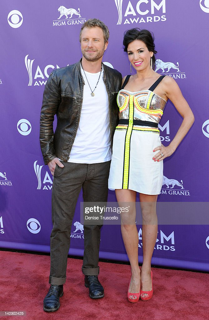 Musician <a gi-track='captionPersonalityLinkClicked' href=/galleries/search?phrase=Dierks+Bentley&family=editorial&specificpeople=243007 ng-click='$event.stopPropagation()'>Dierks Bentley</a> (L) and wife Cassidy Black arrive at the 47th Annual Academy Of Country Music Awards held at the MGM Grand Garden Arena on April 1, 2012 in Las Vegas, Nevada.