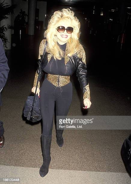 Musician Dolly Parton on March 9 1993 arriving at the Los Angeles International Airport in Los Angeles California