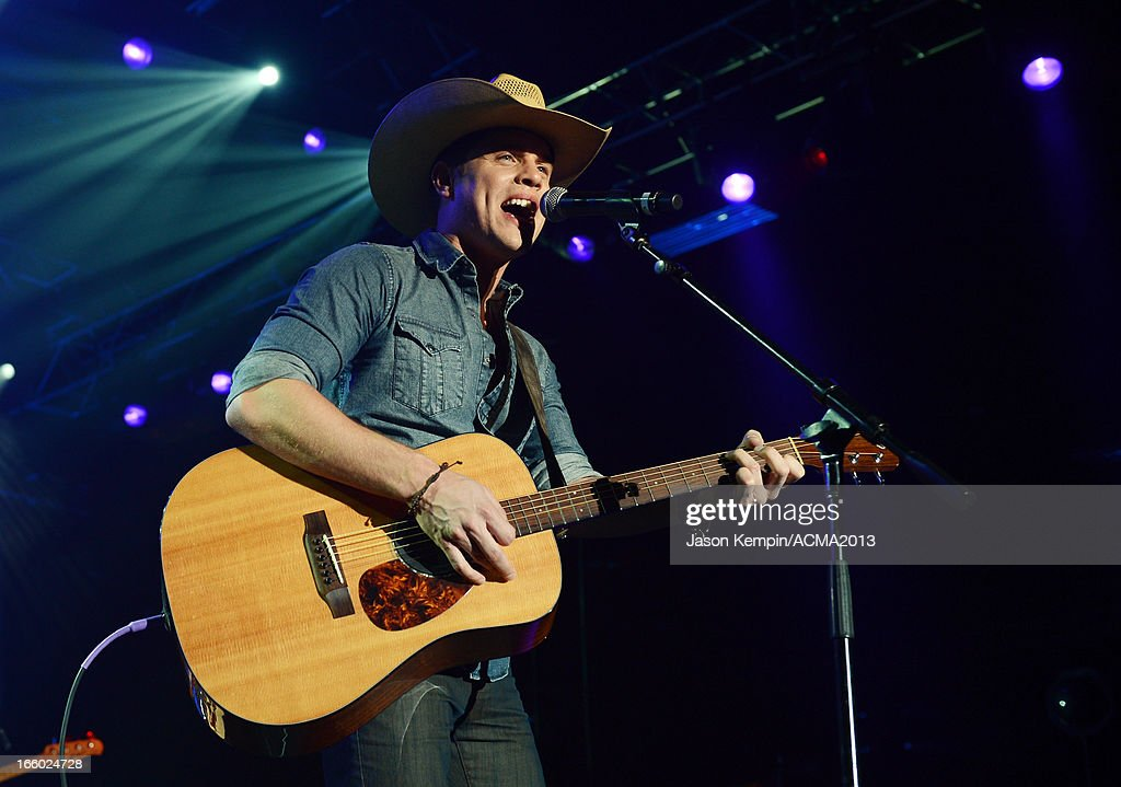 Musician Dustin Lynch performs onstage at the All Star Jam during the 48th Annual Academy Of Country Music Awards at the MGM Grand Hotel/Casino on April 7, 2013 in Las Vegas, Nevada.