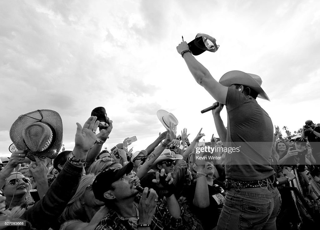 Musician Dustin Lynch performs onstage during 2016 Stagecoach California's Country Music Festival at Empire Polo Club on May 01, 2016 in Indio, California.