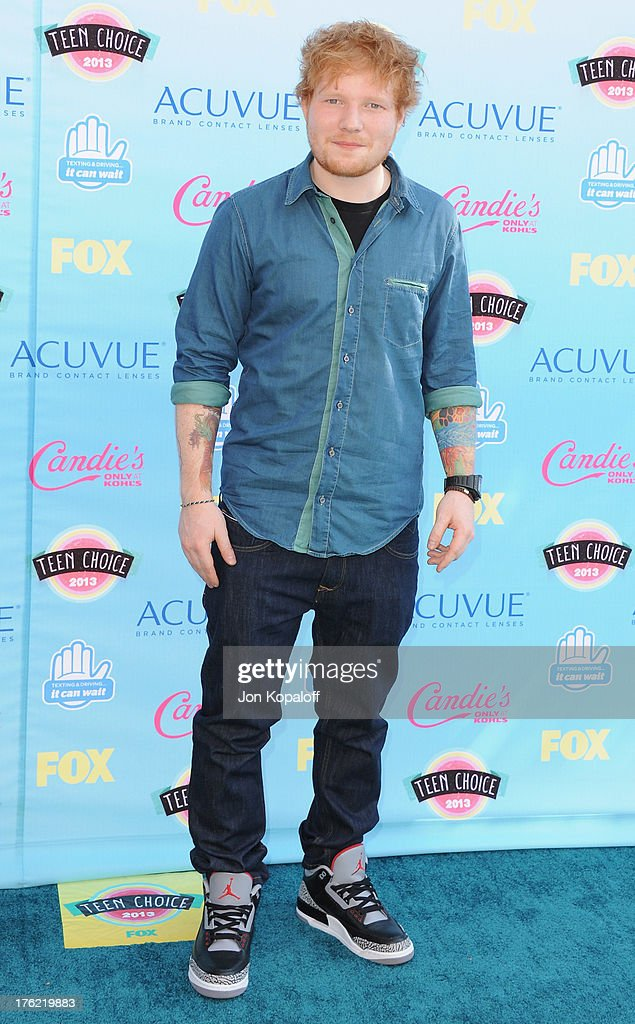 Musician <a gi-track='captionPersonalityLinkClicked' href=/galleries/search?phrase=Ed+Sheeran&family=editorial&specificpeople=7604356 ng-click='$event.stopPropagation()'>Ed Sheeran</a> arrives at the 2013 Teen Choice Awards at Gibson Amphitheatre on August 11, 2013 in Universal City, California.
