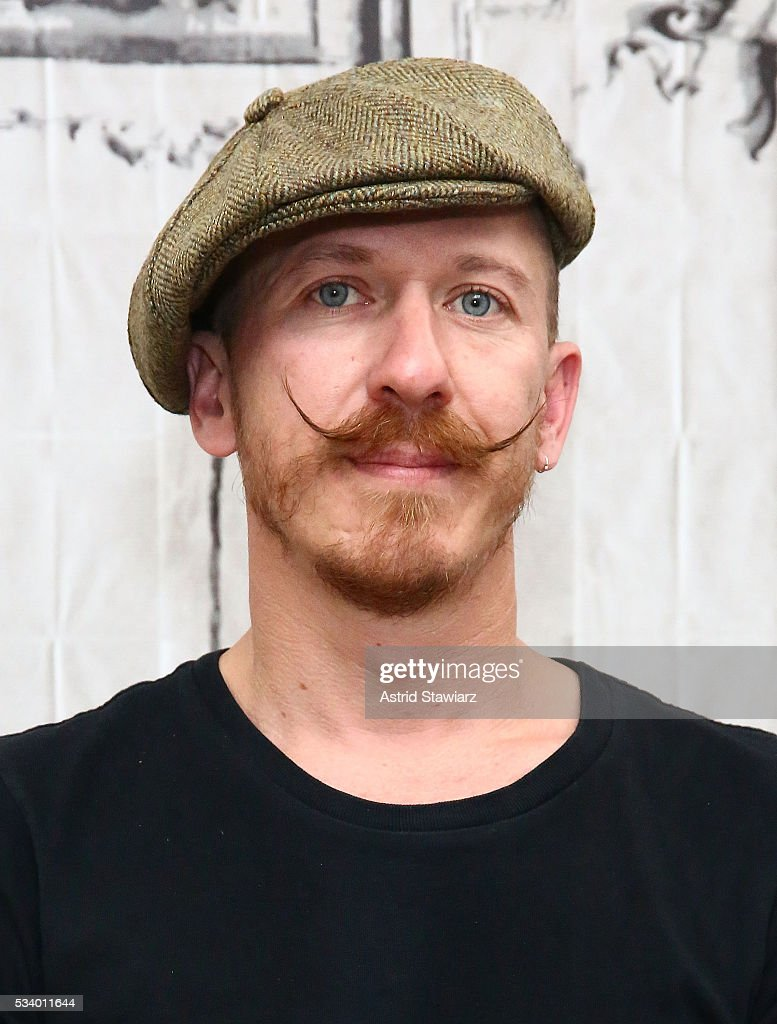 Musician <a gi-track='captionPersonalityLinkClicked' href=/galleries/search?phrase=Foy+Vance&family=editorial&specificpeople=2079714 ng-click='$event.stopPropagation()'>Foy Vance</a> attends AOL Build Presents: <a gi-track='captionPersonalityLinkClicked' href=/galleries/search?phrase=Foy+Vance&family=editorial&specificpeople=2079714 ng-click='$event.stopPropagation()'>Foy Vance</a> Performing And Discussing His New Album 'The Wild Swan' at AOL Studios In New York on May 24, 2016 in New York City.