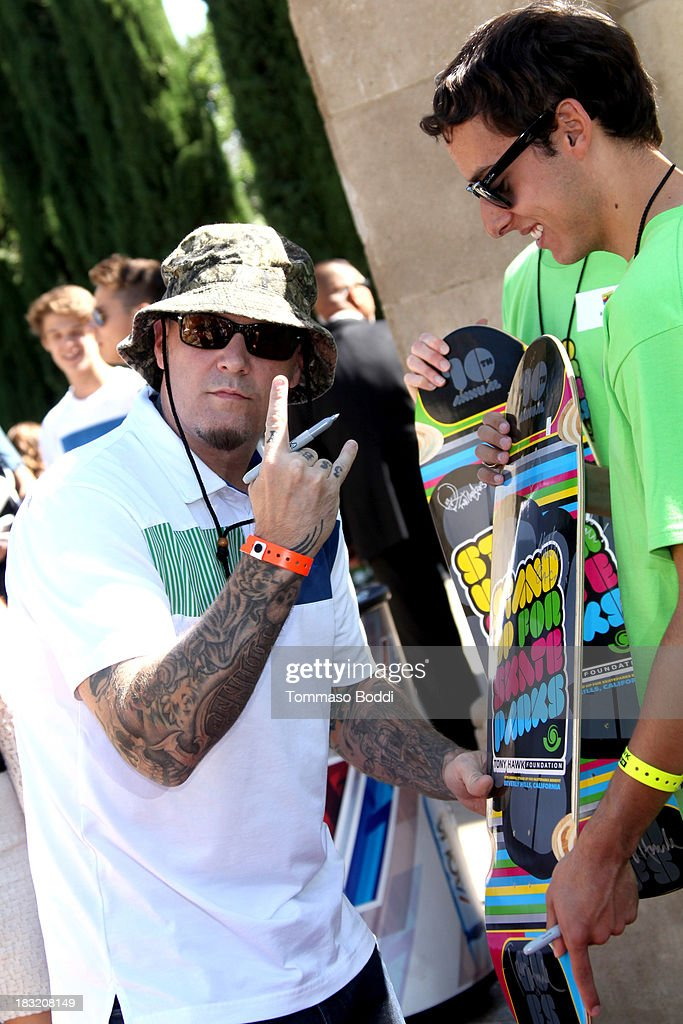 Musician <a gi-track='captionPersonalityLinkClicked' href=/galleries/search?phrase=Fred+Durst&family=editorial&specificpeople=213065 ng-click='$event.stopPropagation()'>Fred Durst</a> attends the 10th annual Tony Hawk's Stand Up For Skateparks celebrity charity event on October 5, 2013 in Beverly Hills, California.