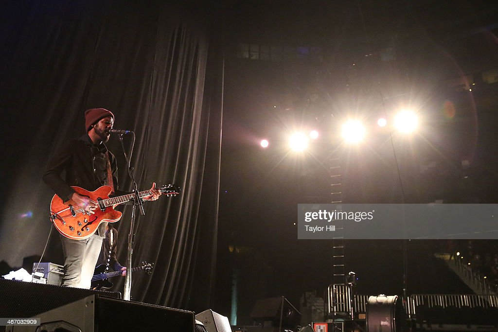 Musician Gary Clark Jr. performs in concert during the 'Mechanical Bull' tour at Philips Arena on February 5, 2014 in Atlanta, Georgia.