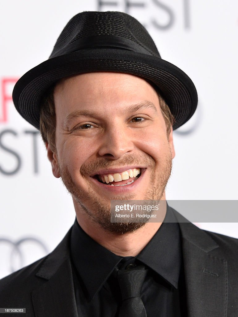 Musician <a gi-track='captionPersonalityLinkClicked' href=/galleries/search?phrase=Gavin+DeGraw&family=editorial&specificpeople=203282 ng-click='$event.stopPropagation()'>Gavin DeGraw</a> attends the screening of 'Out of the Furnace' during AFI FEST 2013 presented by Audi at TCL Chinese Theatre on November 9, 2013 in Hollywood, California.