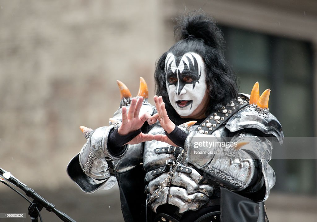 Musician <a gi-track='captionPersonalityLinkClicked' href=/galleries/search?phrase=Gene+Simmons&family=editorial&specificpeople=138593 ng-click='$event.stopPropagation()'>Gene Simmons</a> of KISS attends the 88th Annual Macys Thanksgiving Day Parade at on November 27, 2014 in New York, New York.