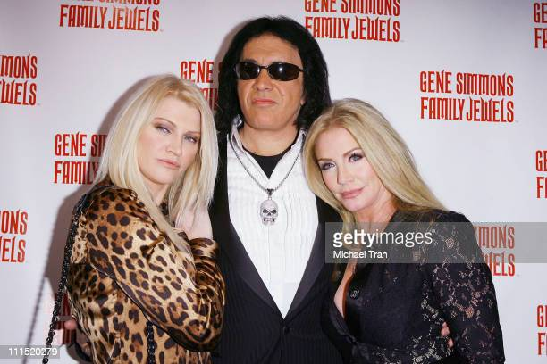 Gene Simmons Celebrity Roast - FreeServers
