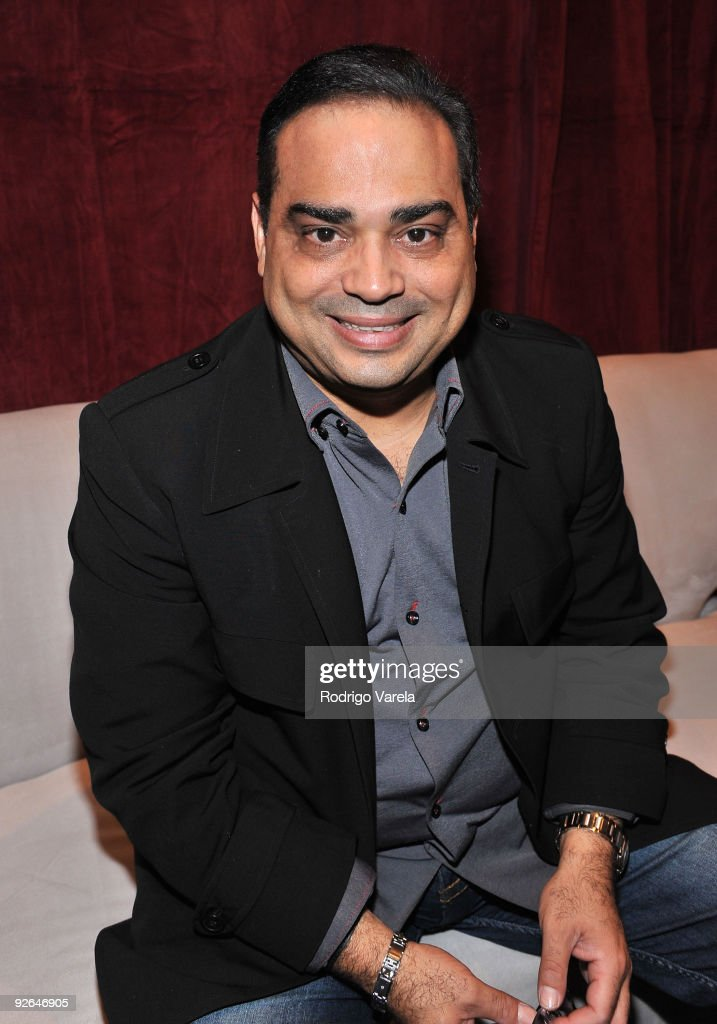 Musician Gilberto Santa Rosa attends the 10th Annual Latin GRAMMY Awards Univision Radio Remotes Day 2 held at the Mandalay Bay Events Center on...